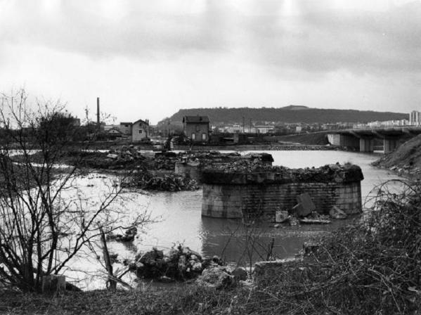 5- déplacement du pont 1986